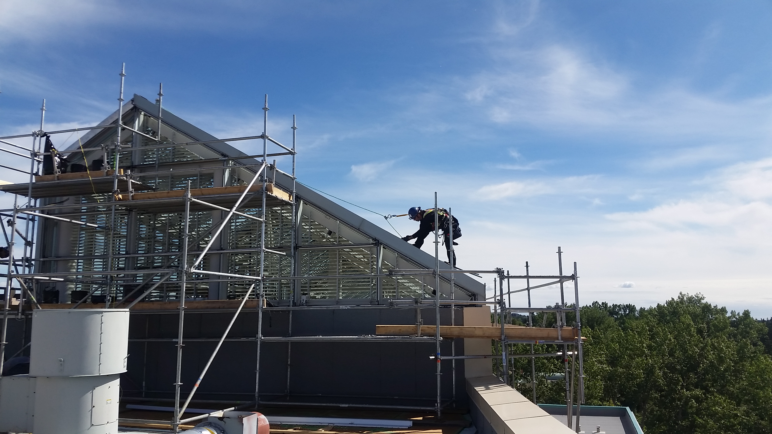U of C Professional Faculties Building Skylight Renewal